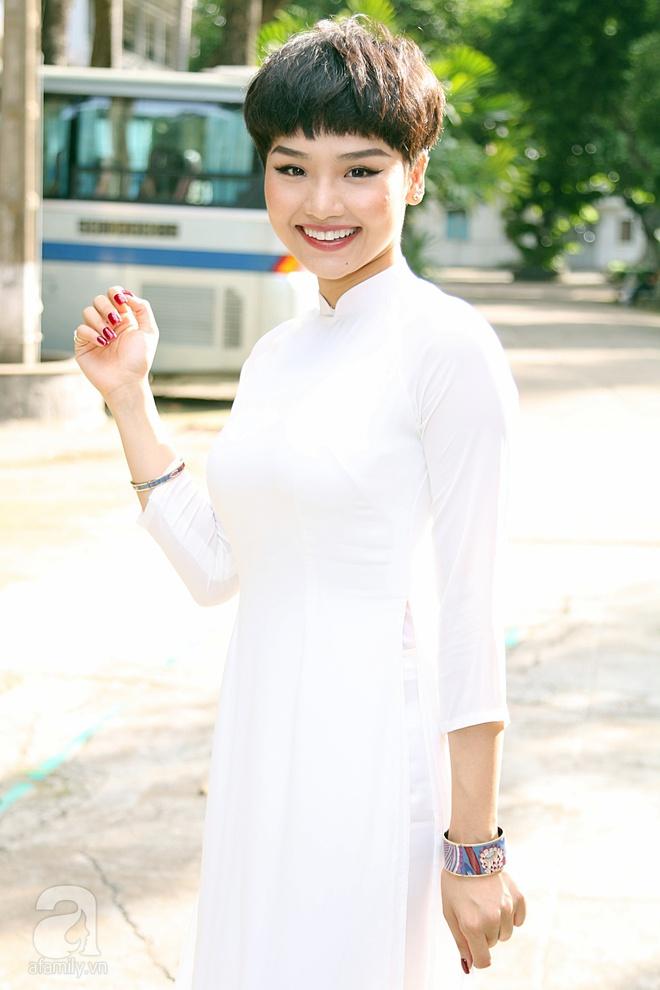 Ngô Kiến Huy, Miu Lê xuất hiện với mái tóc đôi siêu ngắn cực ấn tượng - Ảnh 2.