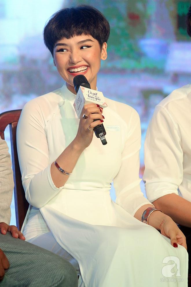 Ngô Kiến Huy, Miu Lê xuất hiện với mái tóc đôi siêu ngắn cực ấn tượng - Ảnh 11.