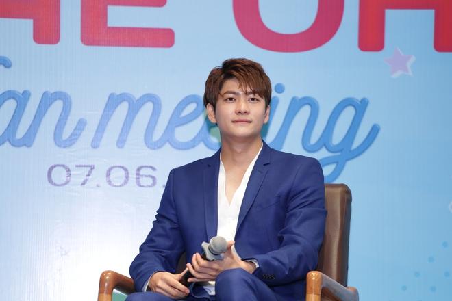 Trở lại Việt Nam sau Tuổi thanh xuân, Kang Tae Oh xúc động đến bật khóc - Ảnh 2.