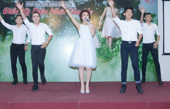 Lột xác sau khi giảm 30kg, Quán quân Bước nhảy ngàn cân Thanh Huyền lần đầu công khai ông xã điển trai - Ảnh 9.