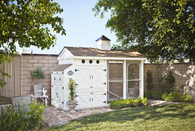 Những ngôi nhà nhỏ xinh đẹp như khách sạn dành cho… gà vịt - Ảnh 12.
