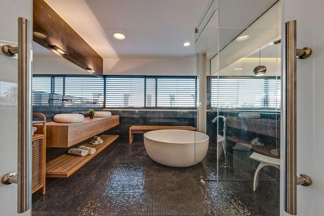Thiết kế kệ mở giúp phòng tắm gia đình trở nên hoàn hảo đến khó tin - Ảnh 8.
