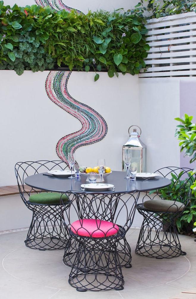 Thiết kế mảnh sân sau thành góc thư giãn đẹp mê mẩn với điểm nhấn lãng mạn từ màu hồng - Ảnh 7.