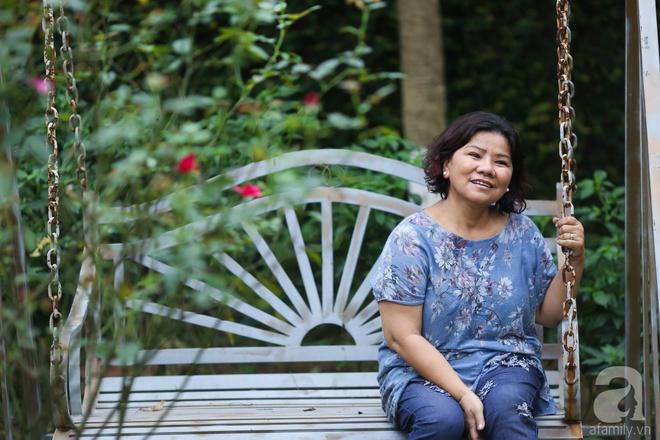 Sau mọi ánh hào quang của sân khấu, NSND Thanh Hoa sống bình yên bên nhà vườn rộng 1000m² - Ảnh 1.