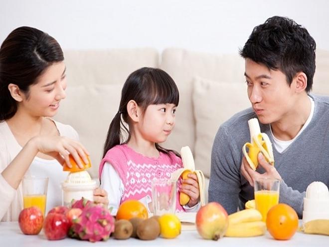Chuyên gia Mỹ gợi ý bố mẹ áp dụng 4 chiến lược dinh dưỡng để chăm con cao lớn, khỏe mạnh - Ảnh 5.