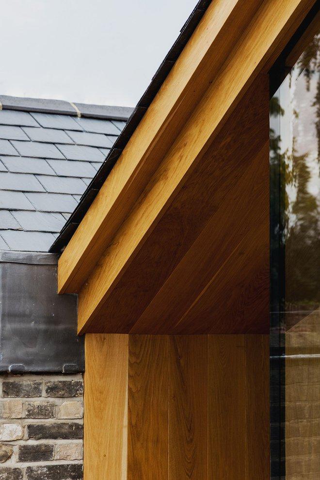 Thiết kế nhà ống tận dụng cửa kính lớn và các cửa sổ nhỏ đang trở thành xu hướng của năm - Ảnh 10.