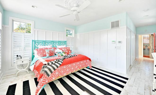 Trang trí phòng ngủ và phòng ăn sáng bừng với chiếc thảm trải sàn vô cùng đơn giản - Ảnh 1.