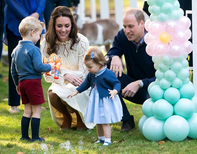 Cách dạy con vô cùng nghiêm khắc của cặp vợ chồng Kate Middleton khiến cả thế giới phải chú ý - Ảnh 1.