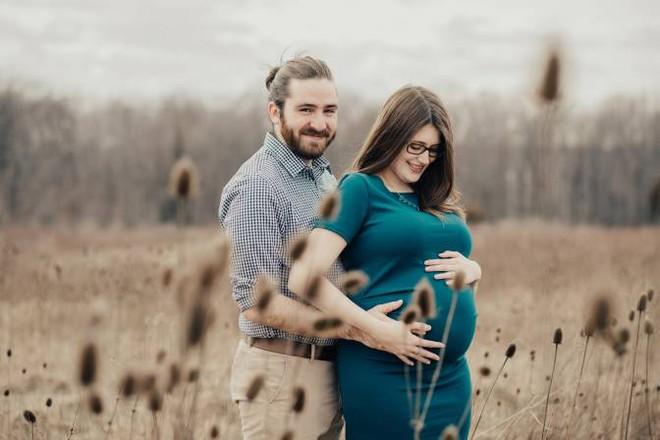 Ca phẫu thuật có một không hai trên thế giới: Phẫu thuật cho thai nhi dị tật tim khi còn nằm trong bụng mẹ - Ảnh 1.