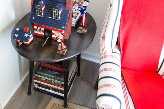 Căn hộ nhỏ chỉ vỏn vẹn 25m² nhưng đẹp ấn tượng dành riêng cho tín đồ yêu màu đỏ và trắng - Ảnh 10.