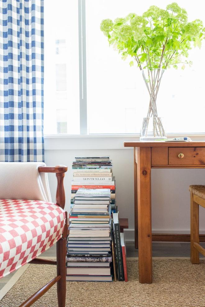 Căn hộ nhỏ chỉ vỏn vẹn 25m² nhưng đẹp ấn tượng dành riêng cho tín đồ yêu màu đỏ và trắng - Ảnh 12.