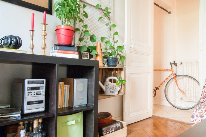 Chẳng cần kiến trúc sư, chủ nhân căn hộ tự tay trang trí nhà khiến ai nhìn cũng yêu - Ảnh 3.
