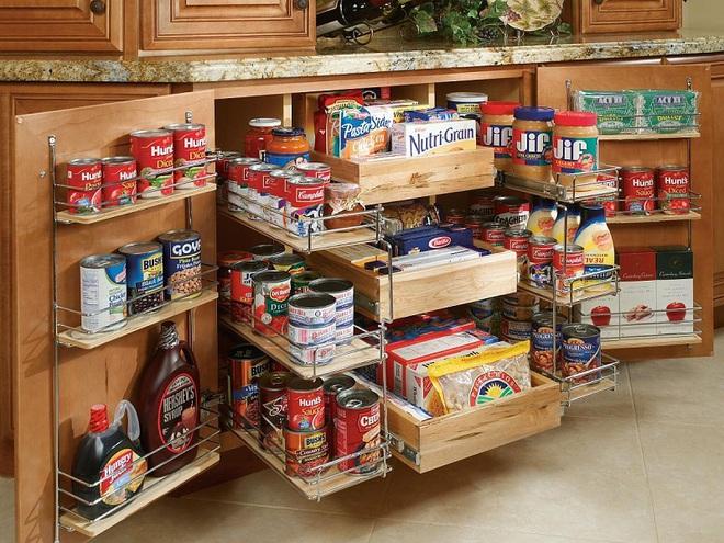 10 thiết kế tủ lưu trữ giúp bạn chứa cả thế giới chai lọ lỉnh kỉnh trong phòng bếp - Ảnh 4.