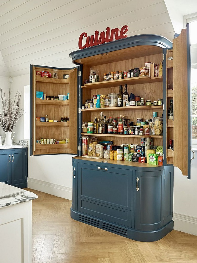 10 thiết kế tủ lưu trữ giúp bạn chứa cả thế giới chai lọ lỉnh kỉnh trong phòng bếp - Ảnh 8.