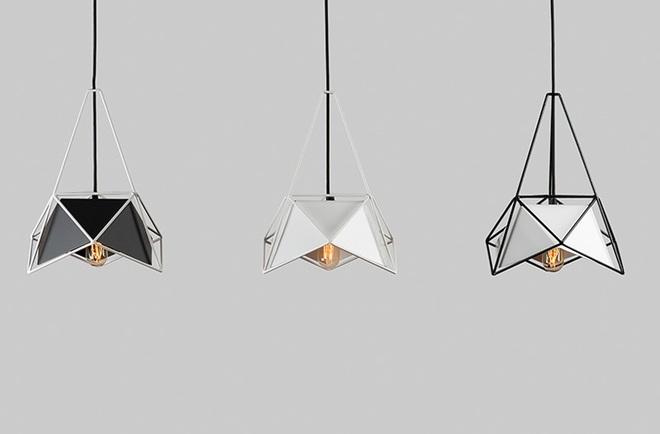 Không gian sống cá tính đến bất ngờ với những mẫu đèn trang trí hình học - Ảnh 3.