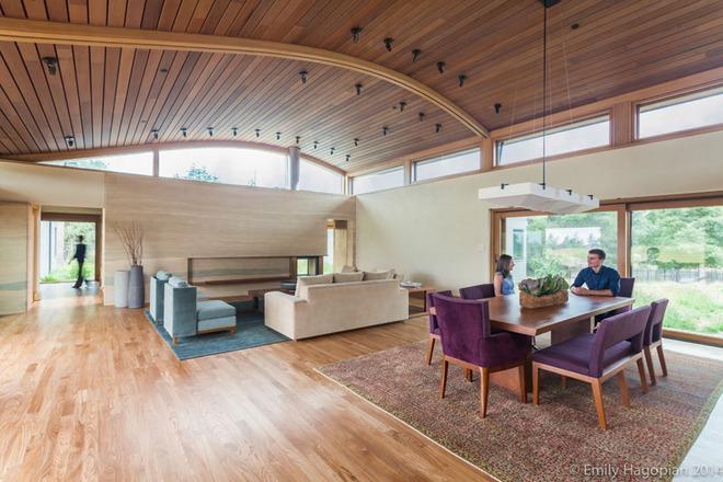 Muốn không gian sống ấm cúng nhớ đừng bỏ lỡ kiểu trần nhà bằng gỗ - Ảnh 14.