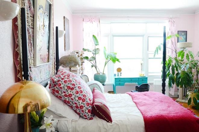 Làm mới phòng ngủ một cách ngẫu hứng, cô gái khiến bao người phải ngưỡng mộ vì sự sáng tạo của mình - Ảnh 2.