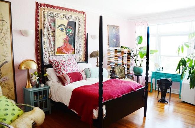 Làm mới phòng ngủ một cách ngẫu hứng, cô gái khiến bao người phải ngưỡng mộ vì sự sáng tạo của mình - Ảnh 3.
