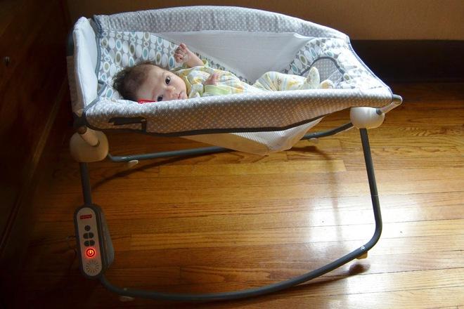 Đây chính xác là chiếc ghế rung hoàn hảo, đáng túi tiền nhất mẹ cần mua cho bé - Ảnh 3.