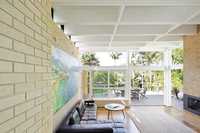 Ngôi nhà mái bằng trang trí theo phong cách hiện đại với điểm nhấn là mái nhà phủ đầy cây xanh - Ảnh 3.