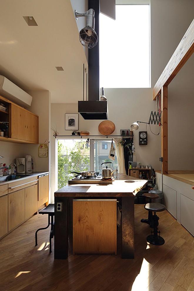 Ngôi nhà ở Nhật Bản chỉ sử dụng chất liệu gỗ, bê tông nhưng có nhiều điều ẩn chứa bên trong ít người biết - Ảnh 7.
