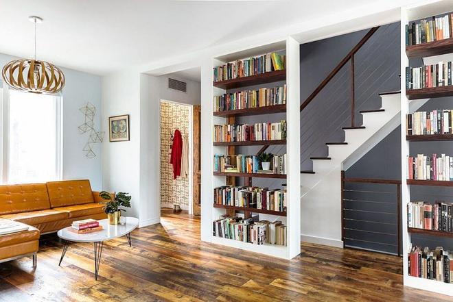 Ngôi nhà 2 tầng tuyệt đẹp dành cho những người yêu sách và âm nhạc - Ảnh 3.