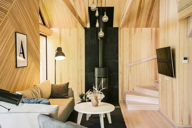 """Với bộ khung được làm hoàn toàn bằng gỗ, ngôi nhà này xứng đáng nhận danh hiệu """"nơi trú ẩn ấm áp"""" nhất hành tinh - Ảnh 3."""