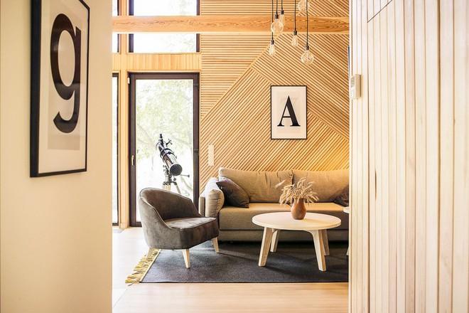 """Với bộ khung được làm hoàn toàn bằng gỗ, ngôi nhà này xứng đáng nhận danh hiệu """"nơi trú ẩn ấm áp"""" nhất hành tinh - Ảnh 6."""