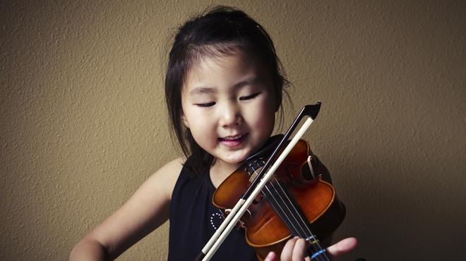 Dấu hiệu của những đứa trẻ sở hữu chỉ số IQ cao theo từng độ tuổi đã được khoa học chứng minh - Ảnh 3.
