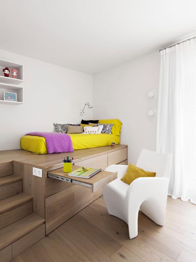 Thiết kế giường giật cấp giúp phòng ngủ nhỏ vừa rộng hơn lại vừa đẹp miễn chê - Ảnh 6.