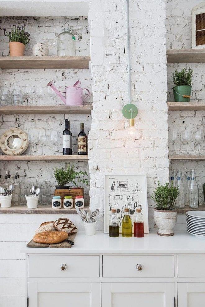Những căn bếp đẹp hút hồn với kệ gỗ tự nhiên phong cách Rustic - Ảnh 3.