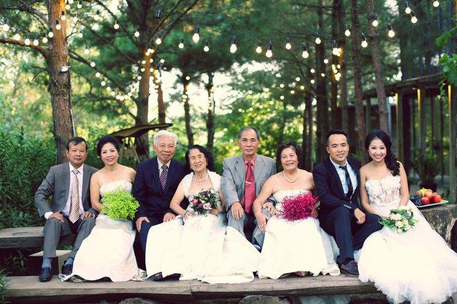 """Cả Hà Nội mới có một gia đình """"yêu tận tim"""": Ông bà, thông gia cưới cùng cô dâu, chú rể vui như thế này! - Ảnh 5."""