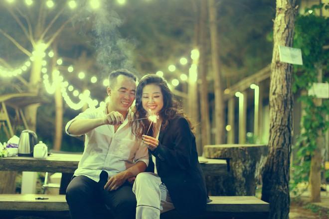 """Cả Hà Nội mới có một gia đình """"yêu tận tim"""": Ông bà, thông gia cưới cùng cô dâu, chú rể vui như thế này! - Ảnh 11."""