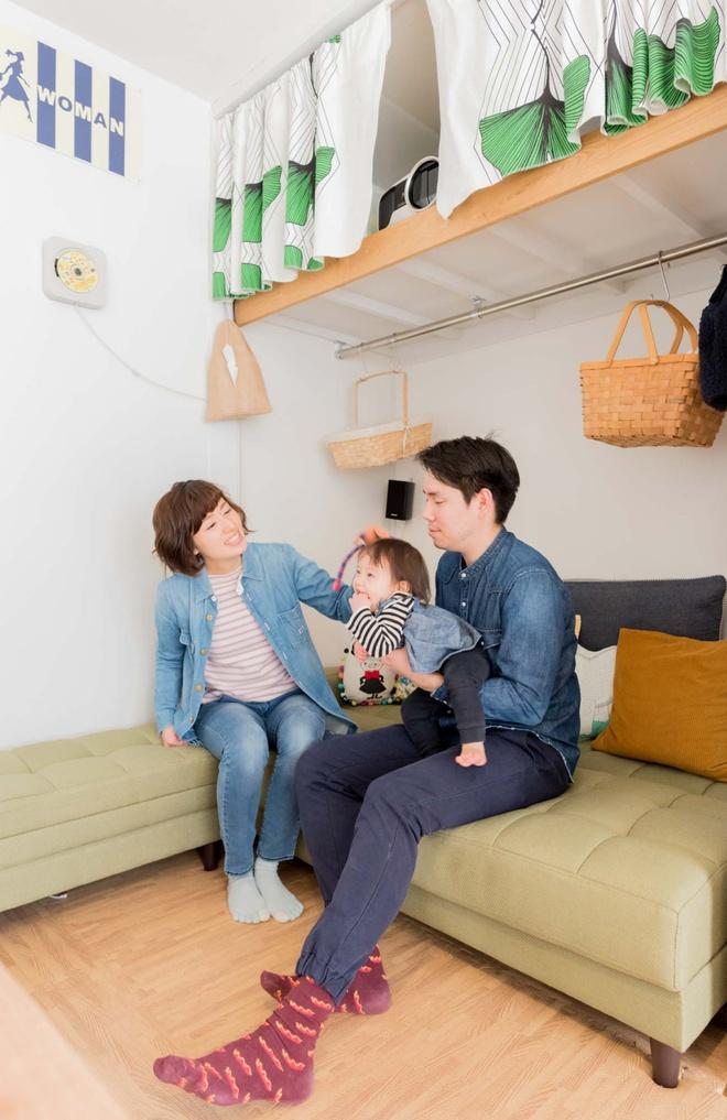 Căn hộ siêu nhỏ nhưng đẹp bình yên của gia đình 3 người ở Nhật Bản - Ảnh 7.