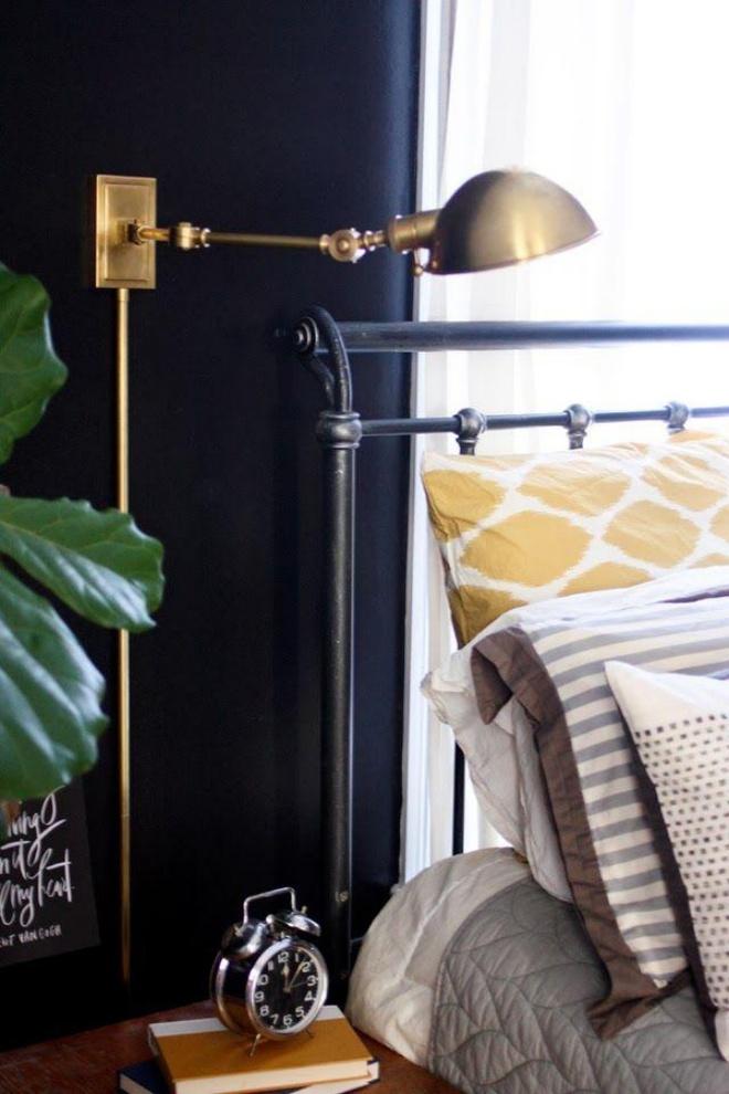 Phòng ngủ đẹp lung linh với gợi ý trang trí bằng đèn gắn tường - Ảnh 2.