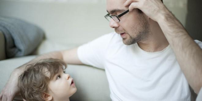 5 chiêu lạ đời có tác dụng làm dịu cơn tức giận, khóc lóc của trẻ chỉ trong vài giây - Ảnh 2.