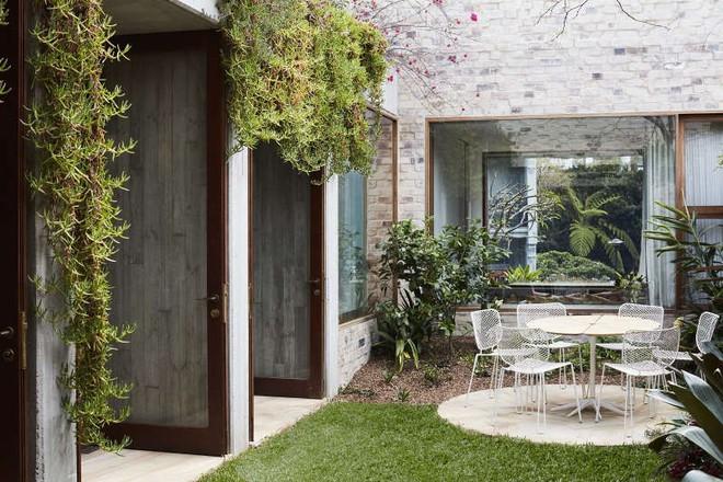 Ngôi nhà vườn phủ bóng cây xanh đẹp hút hồn cho những ngày cuối tuần bình yên - Ảnh 8.
