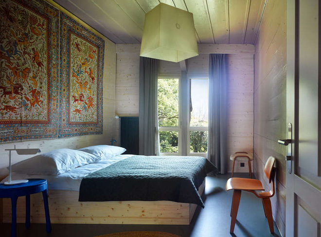 Được ở trong ngôi nhà gỗ bình yên như thế này thì chắc chắn bạn sẽ lãng quên ngay nhà phố hiện đại - Ảnh 13.