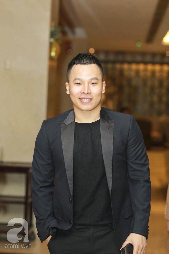 Nghi vấn Quán quân Vietnam Idol 2014 Nhật Thủy có bầu 4 tháng trong đám cưới với bạn doanh nhân - Ảnh 10.