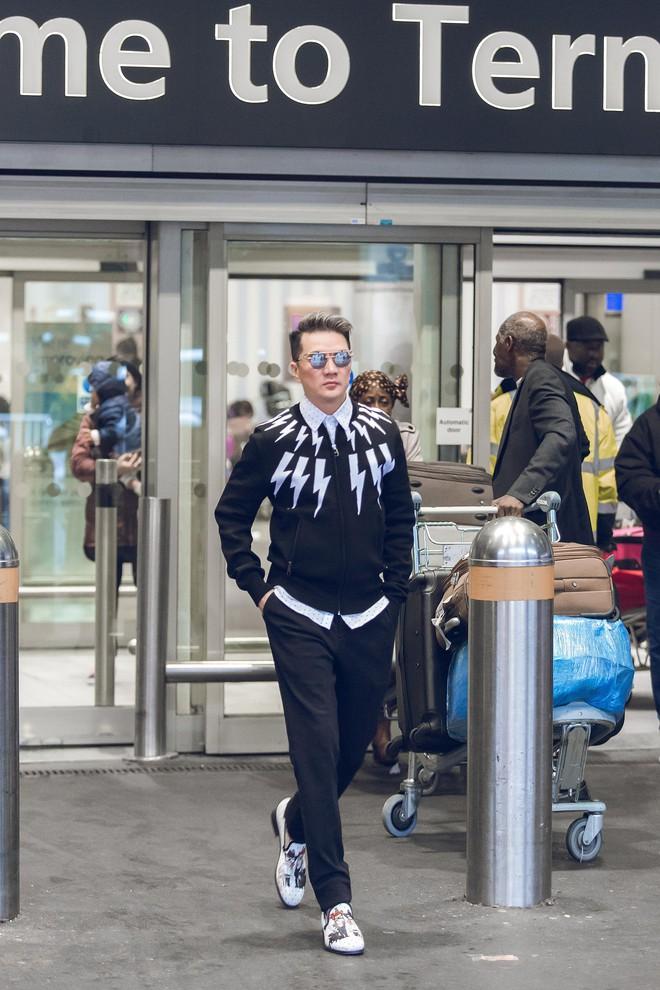 Dẹp bỏ thị phi, Đàm Vĩnh Hưng đến MTV Châu Âu hội ngộ với Kesha