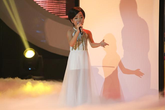 Hóa thân thành Mr. Đàm, cậu bé 11 tuổi hát về mẹ khiến Hiền Thục bật khóc - Ảnh 9.