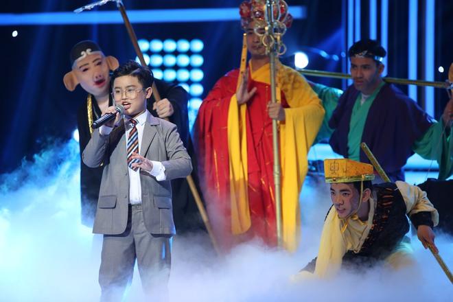 Hóa thân thành Mr. Đàm, cậu bé 11 tuổi hát về mẹ khiến Hiền Thục bật khóc - Ảnh 13.