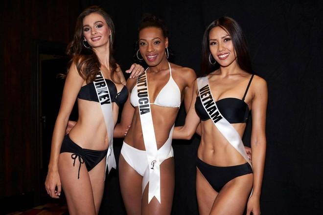 Nguyễn Thị Loan khoe đường cơ bụng khiến các thí sinh Âu Mỹ phải chạy dài trong đêm sơ kết Miss Universe 2017 - Ảnh 3.