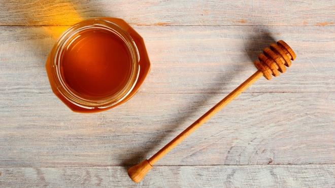 Phòng bệnh và trị bệnh cảm cúm đơn giản bằng gừng và mật ong: Bạn đã biết sử dụng đúng cách? - Ảnh 3.