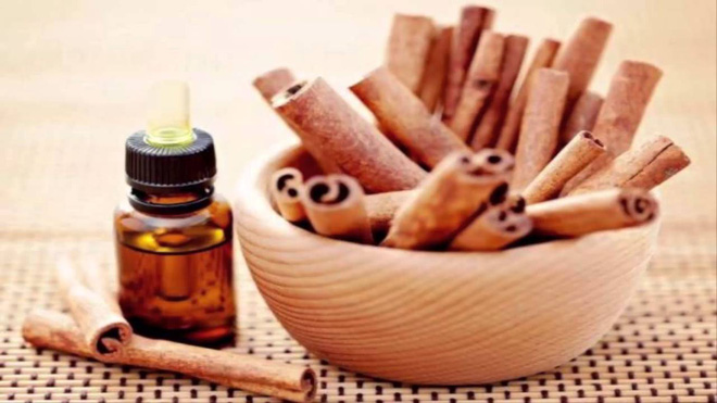 Quên mấy lọ tẩy rửa sặc mùi hóa chất đi, 7 dung dịch từ dấm trắng sẽ giúp nhà bạn trắng sạch tinh tươm - Ảnh 5.