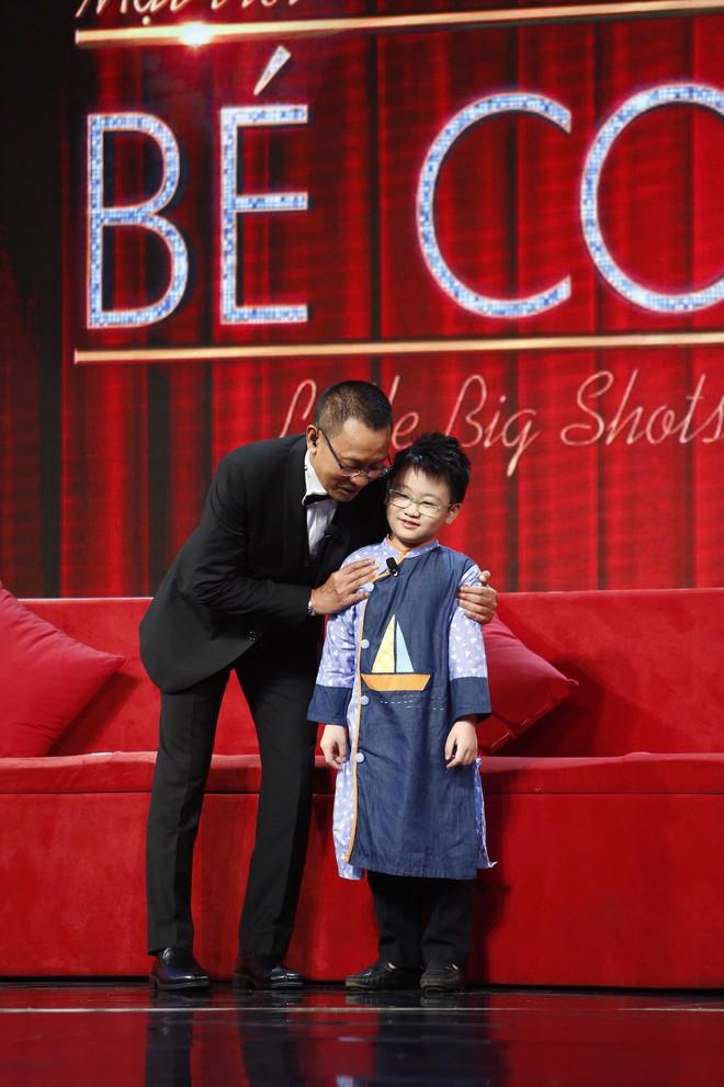 Lại văn Sâm choáng váng vì bé 7 tuổi kể chuyện yêu đương trên sóng truyền hình - Ảnh 1.