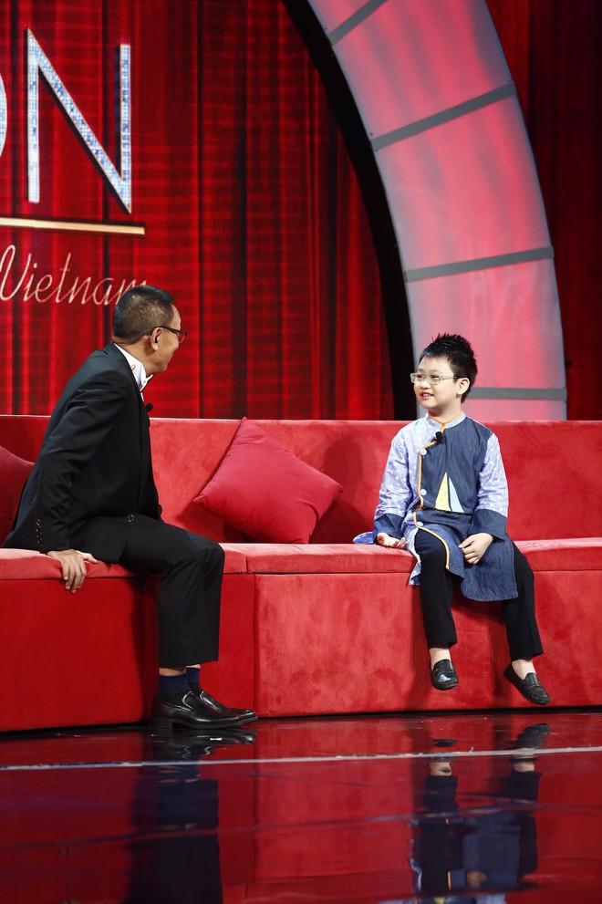Lại văn Sâm choáng váng vì bé 7 tuổi kể chuyện yêu đương trên sóng truyền hình - Ảnh 3.