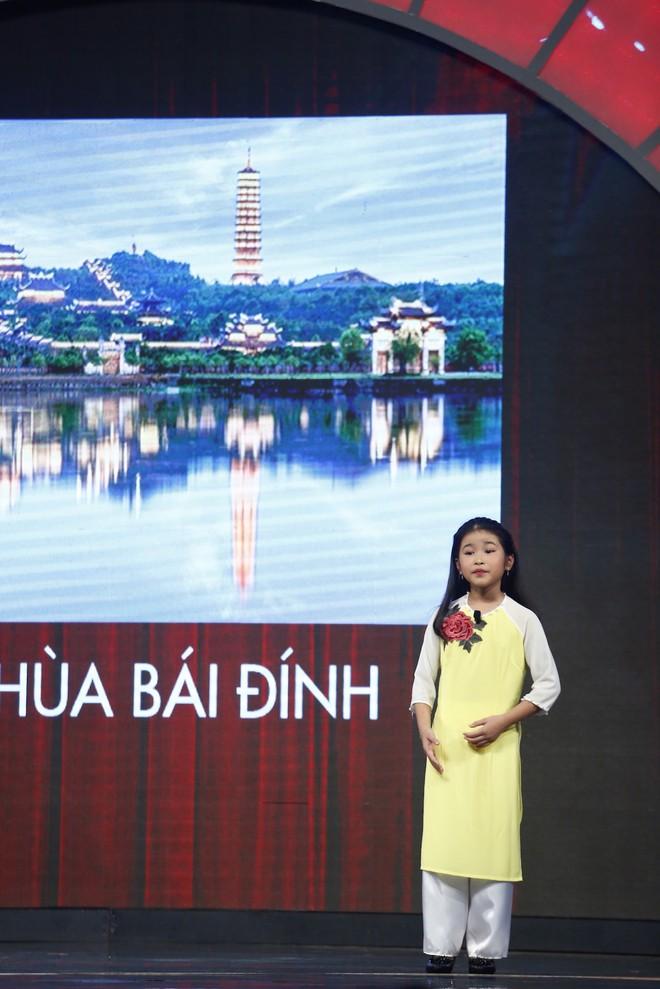 Lại Văn Sâm xấu hổ trước bé 9 tuổi đã làm hướng dẫn viên du lịch cho khách nước ngoài - Ảnh 5.
