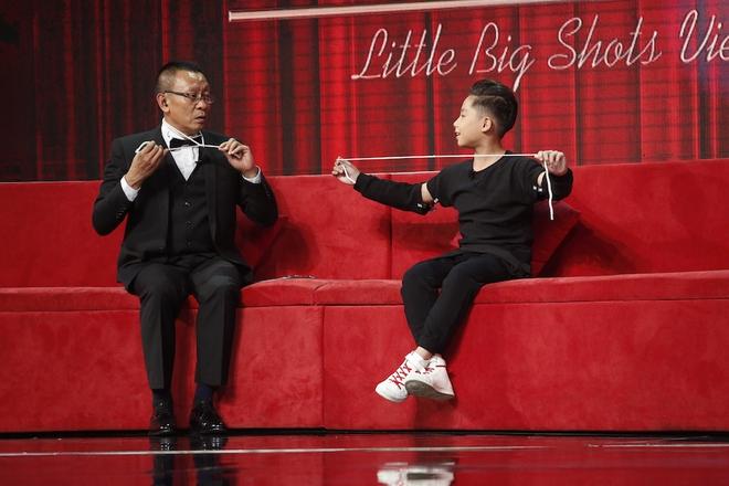 Lại Văn Sâm sửng sốt vì suýt tự thắt cố trên sân khấu Little big shots - Ảnh 3.