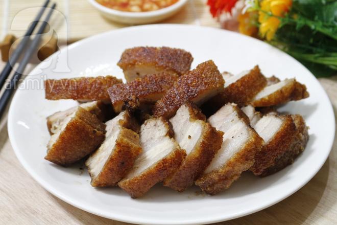 Bí quyết cho món thịt quay giòn bì thơm ngon nức mũi - Ảnh 7.
